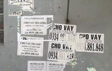 Nhếch nhác tờ rơi cho vay nặng lãi tràn lan trên đường phố Đà Nẵng
