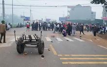Xe khách lao vào đoàn người đưa tang, 7 người chết