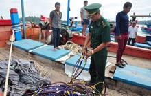 Tàu Trung Quốc đâm chìm tàu cá Việt Nam ở Hoàng Sa