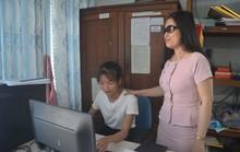 Những phụ nữ vì cộng đồng: Nữ phó chủ tịch hội khiếm thị đa tài