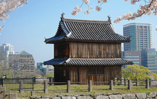 Thành cổ hơn 400 năm ở Nhật ngập trong sắc hoa anh đào
