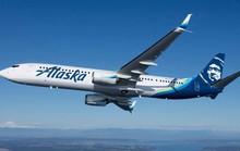 Máy bay chuyển hướng vì hành khách đòi... đốt xì-gà