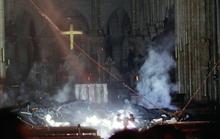 Cháy Nhà thờ Đức Bà Paris: Biểu tượng hy vọng giữa đống tro tàn