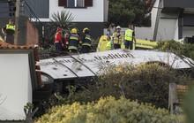 Lật xe buýt, ít nhất 29 du khách thiệt mạng