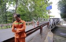 Xóa sổ cây cầu 106 tuổi: Đừng quên ơn thần may mắn