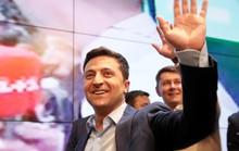 Tân tổng thống Ukraine muốn hợp tác, Nga bảo chờ đó