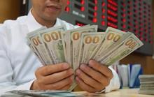 Giá USD trong ngân hàng tăng vọt