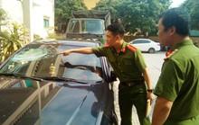 15 côn đồ vác dao kiếm đuổi chém nhau gây náo loạn đường phố
