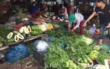 Thịt cá, hải sản đầy chợ, giá không tăng trong ngày đầu nghỉ lễ