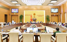 Công bố các nghị quyết của Ủy ban Thường vụ QH về công tác cán bộ