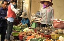 Thực phẩm tăng khiến đời sống công nhân thêm chật vật
