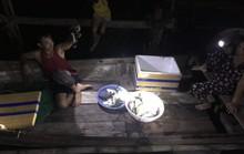 Cá chết, dân nghi do cơ sở sản xuất nước đá xả khí gas