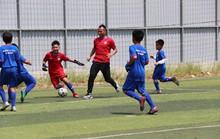 Thế Anh mở lò dạy bóng đá