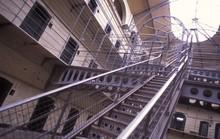 Tù nhân Mỹ kiện nhà tù vì điều kiện sống quá tệ