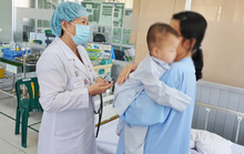 Điều trị bác sĩ tư, bệnh nhi 10 tháng tuổi suýt mất mạng vì tiêu chảy cấp