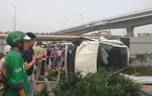 Clip khoảnh khắc nữ tài xế đạp nhầm chân ga, xe Mercedes tông hàng loạt xe chờ đèn đỏ