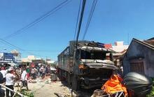 Khánh Hòa: Xe tải bất ngờ lao vào quán nước mía đông người