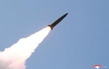"""Giới chuyên gia cảnh báo Mỹ """"đừng xem thường"""" tên lửa Triều Tiên"""