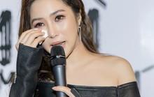 Hương Tràm: Showbiz Việt có nhiều nghệ sĩ phải dùng thuốc ngủ