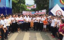 Phó Thủ tướng cùng hơn 8.000 người đi bộ kêu gọi Đã uống rượu bia - Không lái xe