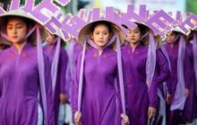 Nhà thiết kế Minh Hạnh lên tiếng chuyện chiếc nón Huế bị cắm sừng
