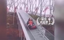 Trung Quốc: Bay khỏi cầu trượt, 14 người thương vong