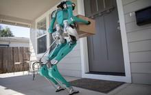 Ford phát triển mẫu robot hai chân giao hàng tự động