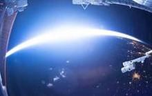 Khoảnh khắc hiếm hoi trái đất chuyển từ ngày sang đêm