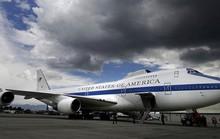 """""""Máy bay ngày tận thế"""" của Mỹ và Nga"""