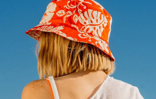 Du lịch biển, mặc gì ngoài bikini để vừa đẹp vừa tiện lợi?