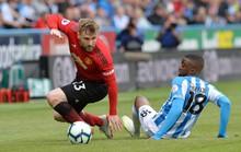 Man United bị đội rớt hạng đá văng xuống... Europa League