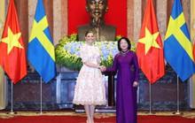 Tổng Bí thư, Chủ tịch nước mời Quốc vương và Hoàng hậu Thụy Điển thăm Việt Nam