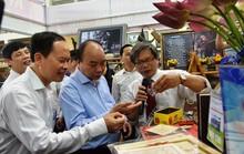 Thủ tướng tham quan triển lãm Thanh Hóa xưa và nay
