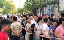 Ngành y tế tỉnh Thừa Thiên – Huế lên tiếng việc để người dân phải rồng rắn đăng ký tiêm vắc – xin dịch vụ