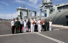 Ngắm 2 tàu Hải quân Hoàng gia Canada lần đầu ghé cảng Cam Ranh