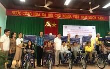Hội đồng hương Quảng Nam tại TP. HCM: Trao 200 xe lăn, xe lắc cho người khuyết tật quê nhà