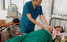 Cứu sống mẹ con sản phụ bị vỡ tử cung, thai nhi ngưng thở
