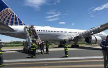 Thoát chết nhờ nhảy khỏi máy bay trước khi va chạm