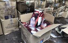 Bắt giữ 8.000 que kem Trung Quốc nhập lậu
