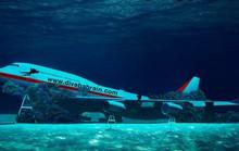 Các nước đua nhau đánh đắm máy bay làm điểm du lịch lặn biển