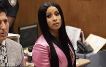 Nữ ca sĩ đối mặt trọng tội vì đánh ghen tơi bời