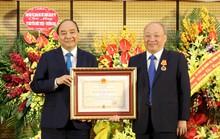 Trưởng Ban Bảo vệ, chăm sóc sức khoẻ cán bộ Trung ương nhận Huân chương cao quý