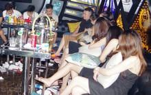 Bắt quả tang 11 chân dài và 17 nam thanh niên mở tiệc ma túy ở quán karaoke