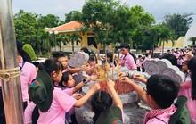 300 con công nhân tham gia Học kỳ hồng