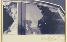 Ảnh hiếm biểu tượng sex Marilyn Monroe tiếp tục được rao bán