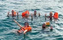 Bơi vượt 100 km biển gây quỹ giúp trẻ học bơi