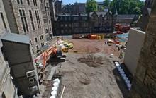 Kho báu và hài cốt ngàn năm xuất hiện ở công trường xây dựng