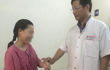 Thai phụ bị chứng bệnh xoắn tử cung hiếm gặp,  có 2 âm đạo, 2 tử cung