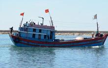 Cứu hộ khẩn cấp 1 ngư dân Quảng Ngãi tại Hoàng Sa
