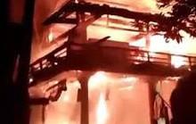 Nhà sàn của bà nội thủ môn Bùi Tiến Dũng cháy rụi trong đêm